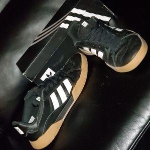 Adidas VRX skate shoe